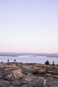 Cadillac Mountain, Acadia National Park, sunrise, maine, bar harbor, north atlantic, east coast, highest point, october, chilly, wind, weather, temperature, clouds, clear sky, photographer, photo, photography, visit, national park