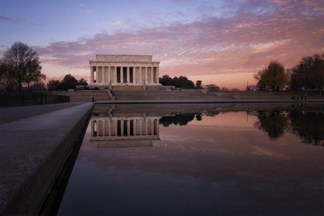 Sunrise at the Reflecting Pool, Washington DC, national mall, lincoln memorial, sunrise, early morning, camera, photo, reflection, reflecting pool, northwest, west, tripod