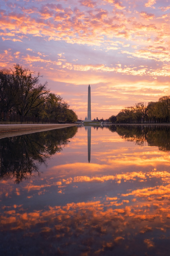Washington DC, Reflecting Pool, sunrise, early morning, reflection, Lincoln Memorial, Vietnam Veterans Memorial, national mall, clouds, sky, Washington Monument, US Capitol building, Nations capitol, photo, composition, northwest, DC,