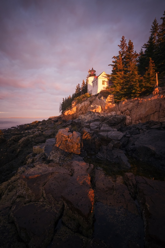Bass Harbor Light Head, Acadia National Park, Maine, early morning, sunrise, rocks, lighthouse, Mount Desert Island, blue hill bay, travel, east coast, northeast, southwest acadia, national park
