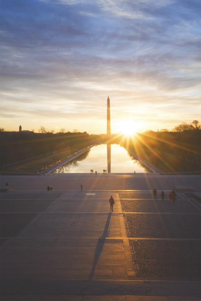 lincoln memorial, national mall, washington dc, reflecting pool, sunburst, early morning, light, people, tourists, shadows, sun, steps, candid