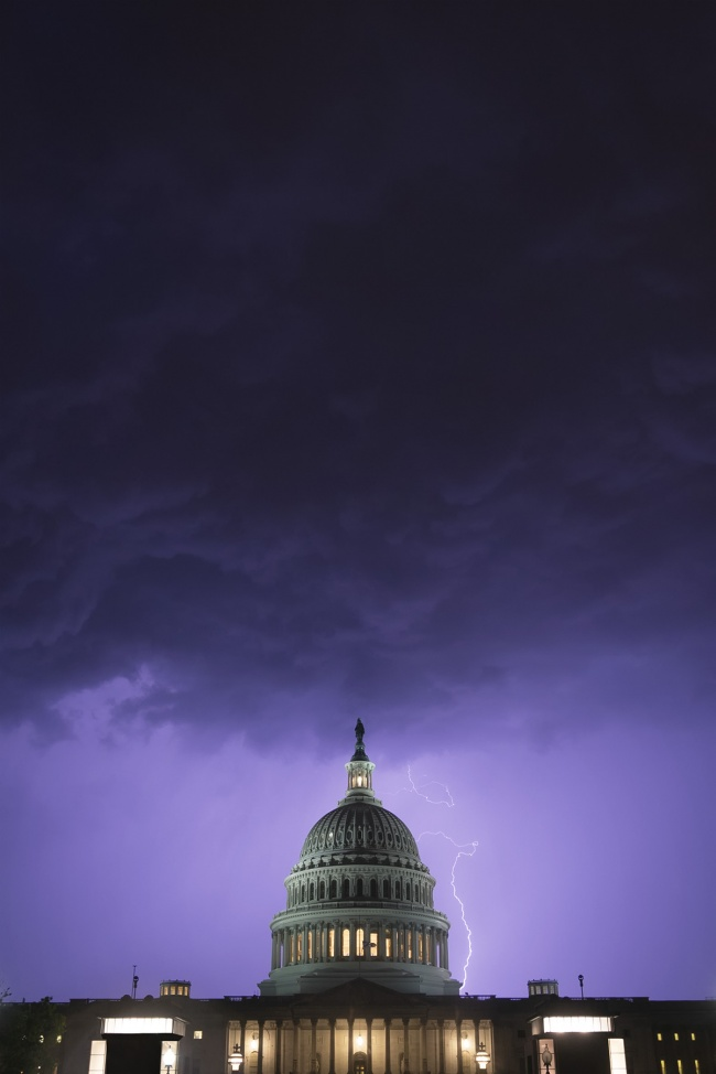 US Capitol, lightning, artechouse, capitol hill, washington dc, clouds, storm, thunder, purple, spring, light, architecture, selfies, camera settings, night, washington dc,