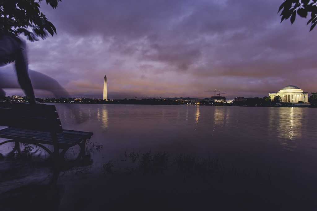 Flooding at the Tidal Basin, washington dc, national mall, west potoamc park, washington monument, jefferson memorial, selfie, self timer, canon, sony, park bench, flooding, rain, weather, summer, parkour, water, sunrise,