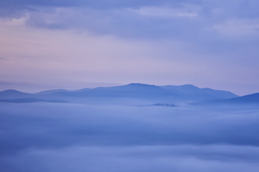 Shenandoah National Park, Virginia, va, skyline drive, fog, autumn, fall, visit, blue ridge mountains, applachian trail, sunrise, early morning, weather, autumn, fall,