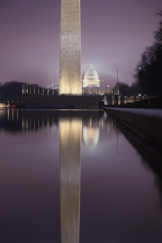 Reflecting Pool Fog, washington dc, national mall, washington monument, us capitol, fog, early morning, warm front, how to know if it's going to be a foggy morning, meteorologist, weather, glow