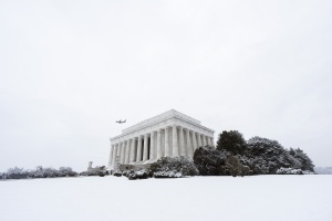 Snow at the Lincoln Memorial, national mall, washington dc, lincoln memorial, snow, winter, airplane, winter travel, white,