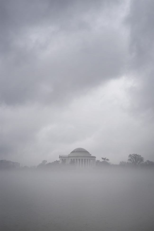 Thomas Jefferson Memorial, Tidal Basin, national mall, washington dc, fog, foggy morning, layer of fog, west potomac park,