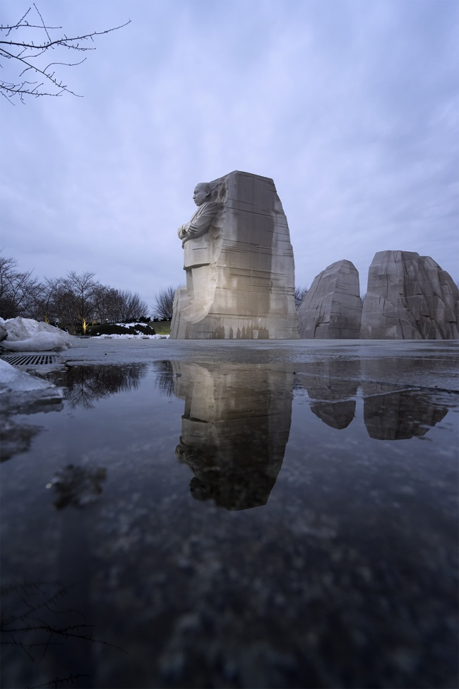 Martin Luther King Jr Memorial, washington dc, national mall, tidal basin, reflections, snow, puddle, winter, blue, cold, stone of hope, memorial and monuments,