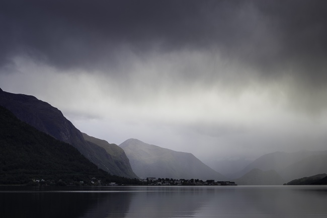 ROMSDALSFJORDEN, Norway, travel, sunset, mountains, fjord, reflection, rain, clouds, landscape, road trip