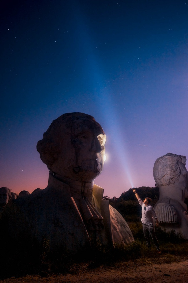 someguy, presidents heads, andy feliciotti, presidents park, williamsburg, virginia, va, croaker, night photography, flashlight, light pollution