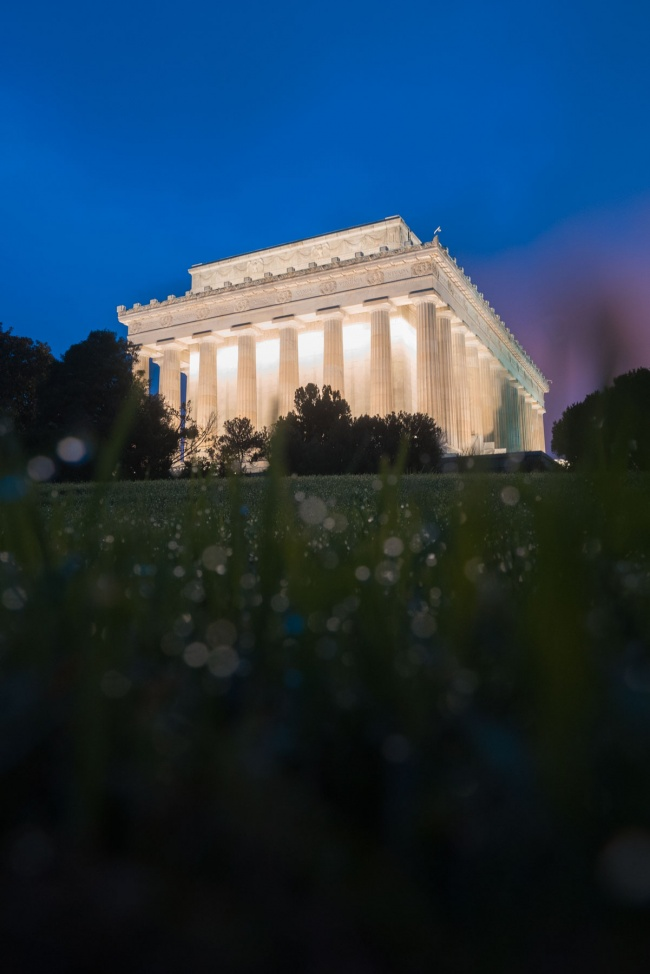 national mall, washington dc, lincoln memorial, sunrise, early morning, summer, water droplets, bokeh, photography