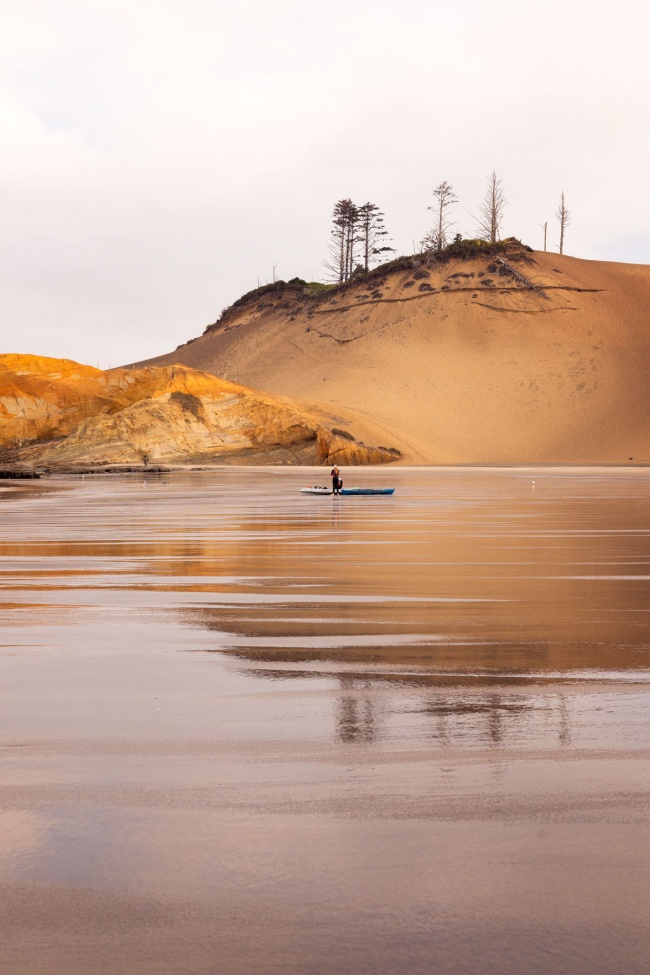 cape kiwanda, headlands coastal lodge, sand dune, oregon, pacific city, early morning, kayaking, landscape, reflection, sand, beach, oregon coast, costal beach