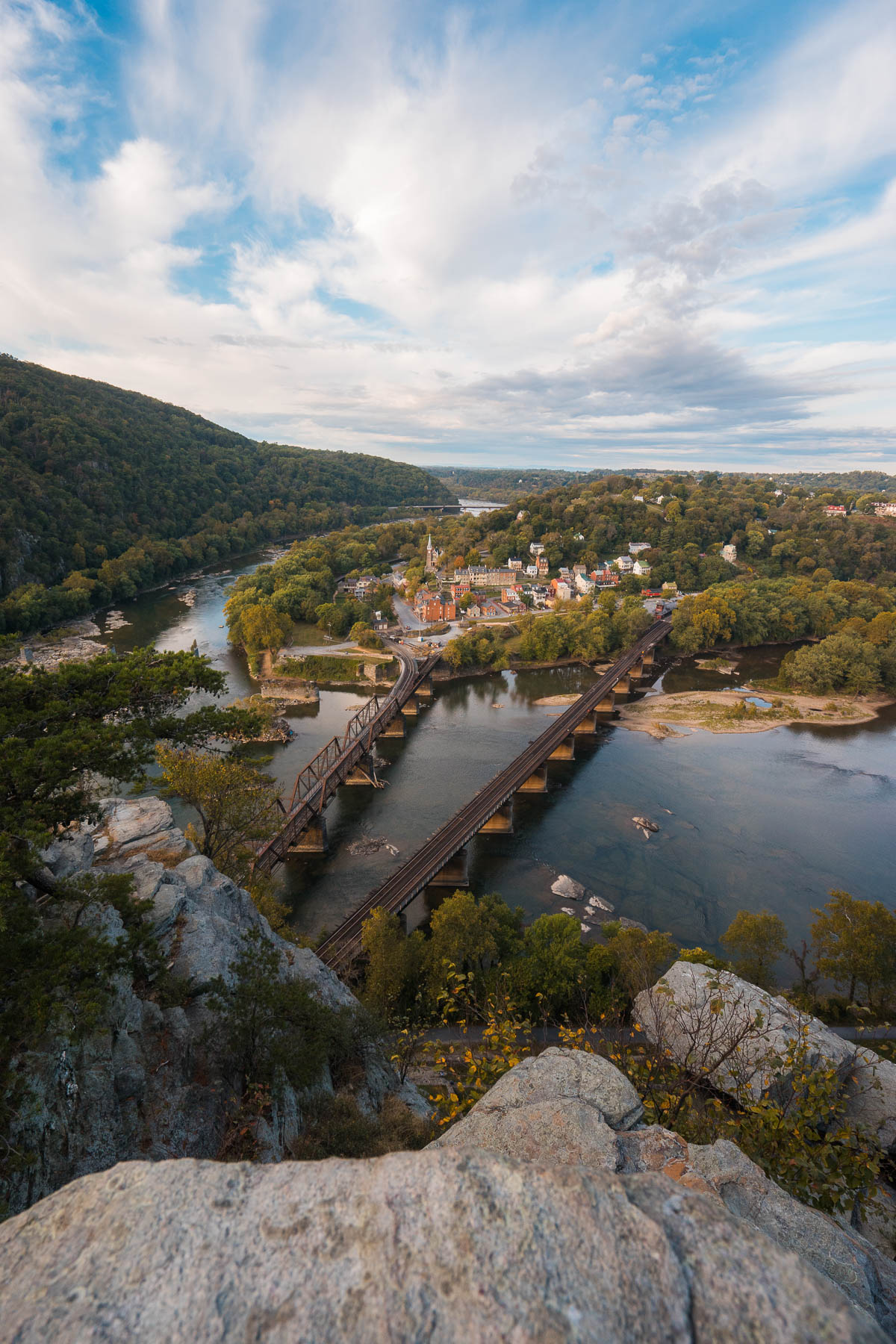 Harpers ferry, west virginia, wv, hike, maryland heights, overlook, arpers Ferry National Historical Park, John Brown, Shenandoah river, hiking