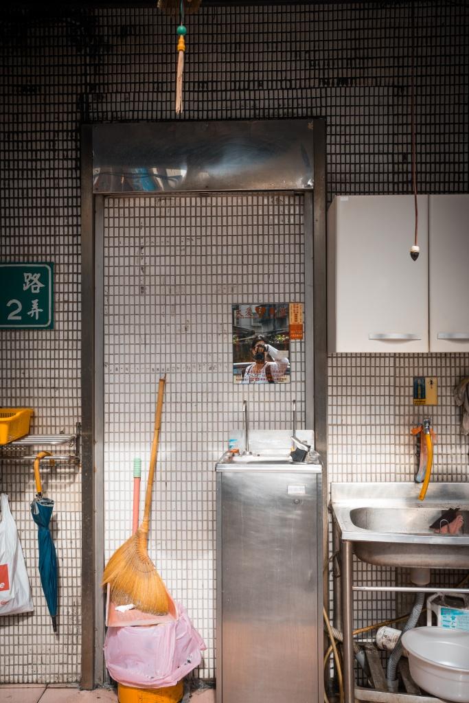 taipei, taiwan, restaurant, kitchen, mirror, reflection, travel, self portrait, tamshui