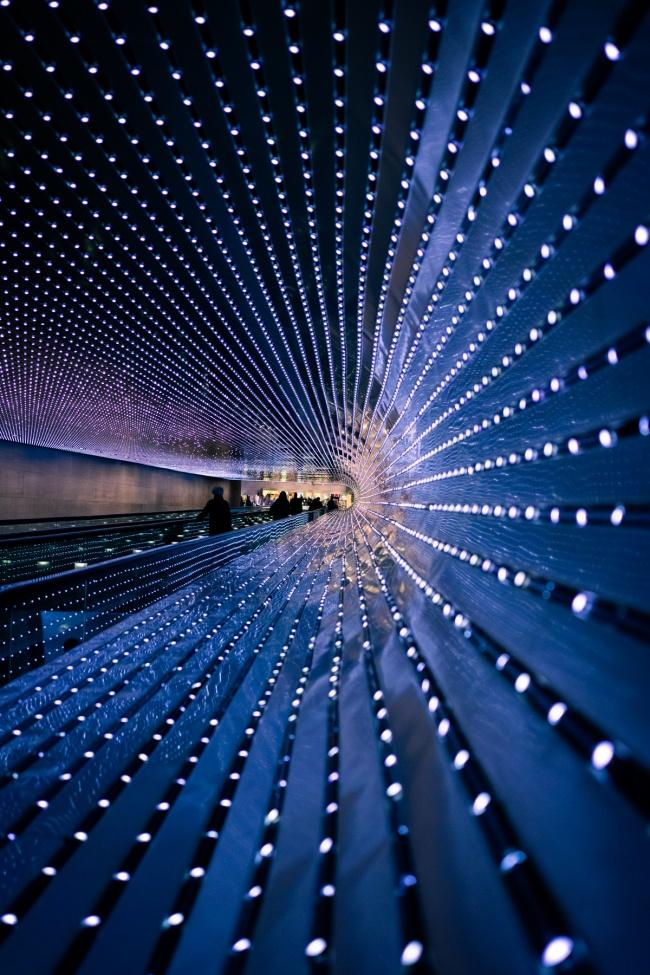 national gallery of art, multiverse, leo villareal, national gallery of art, nga, light sculpture, moving sidewalk, east and west buildings,