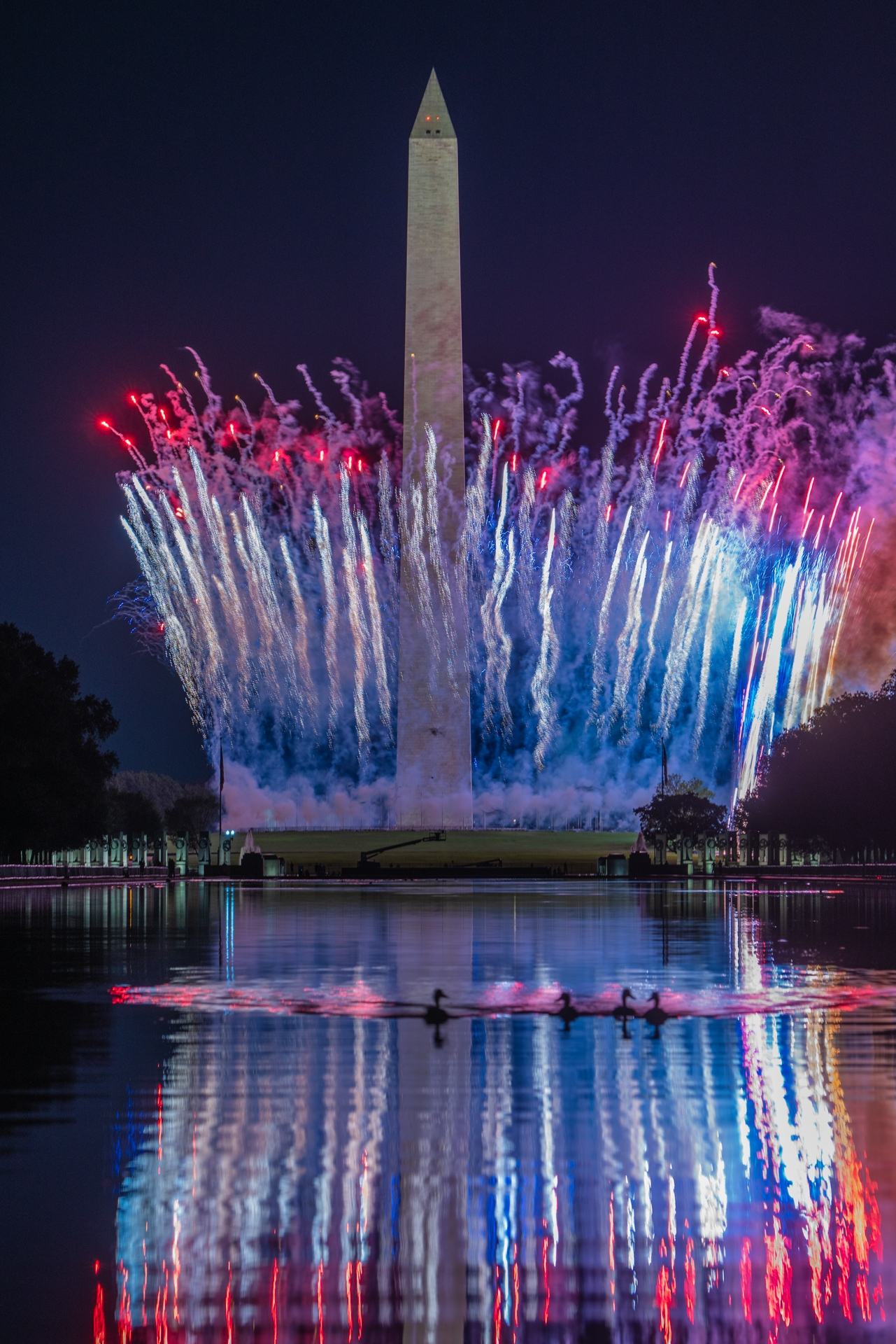 white house, washington monument, fireworks, reflecting pool, reflections, firework display, washington dc, president trump, republican nomination