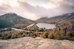 new england, road trip, new hampshire, white mountains, artist bluff, franconia notch, trail, hike, nature, views, sunrise hike