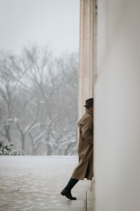 lincoln memorial, washington dc, national mall, street photography, trench coat