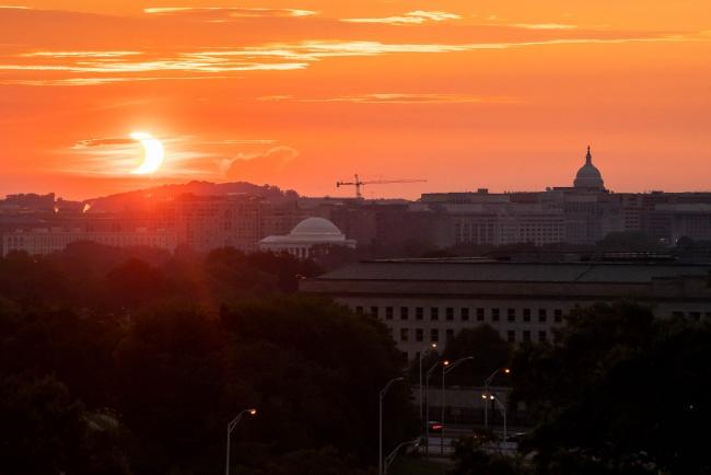 washington dc, dc skyline, washington monument, jefferson memorial, us capitol, sunrise, eclipse, solar eclipse 2021